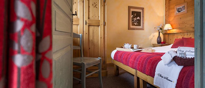 france_espace-killy-ski-area_tignes_village-montana-apartments_bedroom.jpg
